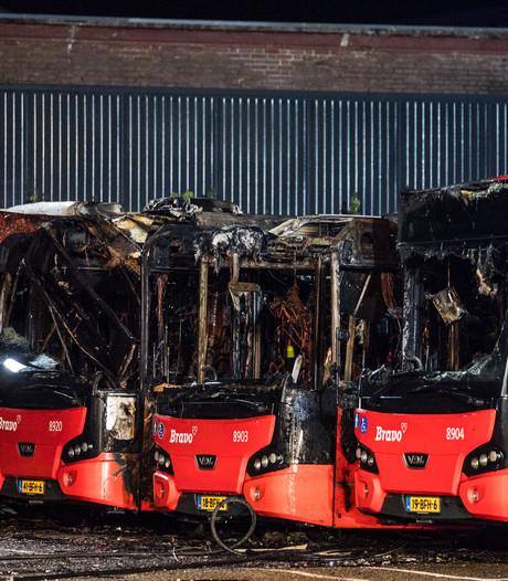 Vijf bussen verbrand in Tilburg