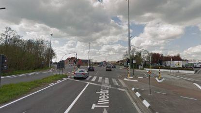 Kop-staartbotsing in Deinze: bestuurster (44) en zoontje (10) lichtgewond