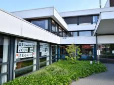 'Bezoekregeling zorgcentra in Noordoost-Twente zo snel mogelijk verder versoepelen'