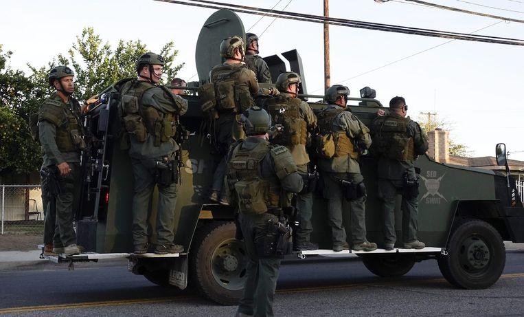 SWAT-teams doorzoeken de regio Beeld anp