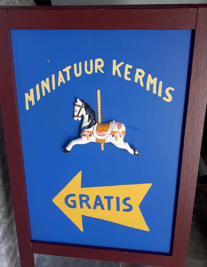 De miniatuurkermis staat dit jaar in het oude raadhuis in Roosendaal op de Markt. Foto Alfred de Bruin