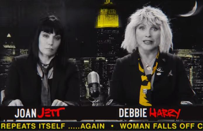 Joan Jett en Blondie in de videoclip.