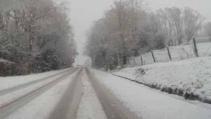 """Sneeuw verwacht vanaf het einde van de ochtendspits: """"Stel uw verplaatsingen na 8 uur uit"""""""