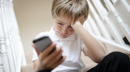 """Recordaantal minderjarigen contacteert hulplijn: """"Vooral aantal oproepen over geweld baart zorgen"""""""
