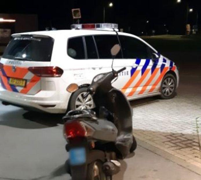 De bestuurder was al drie keer eerder betrapt op het rijden zonder rijbewijs.