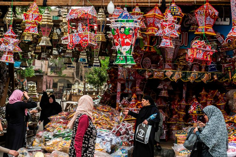 De afbeelding van Mohamed Salah op Ramadan-lantaarns.
