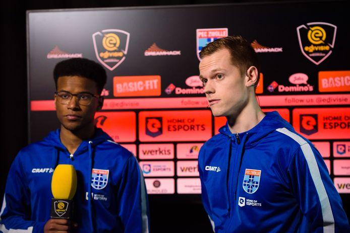 Landskampioen PEC Zwolle beleeft een zware start van de eDivisie en staat onderaan.