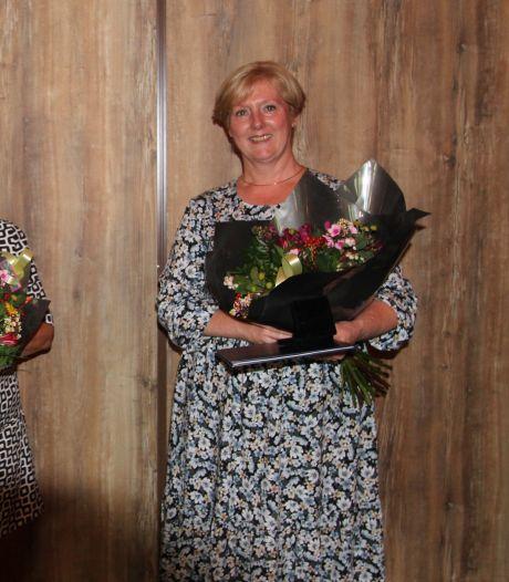 Veldhovense erespelden voor Nel Pijl en Gerry van Haaren