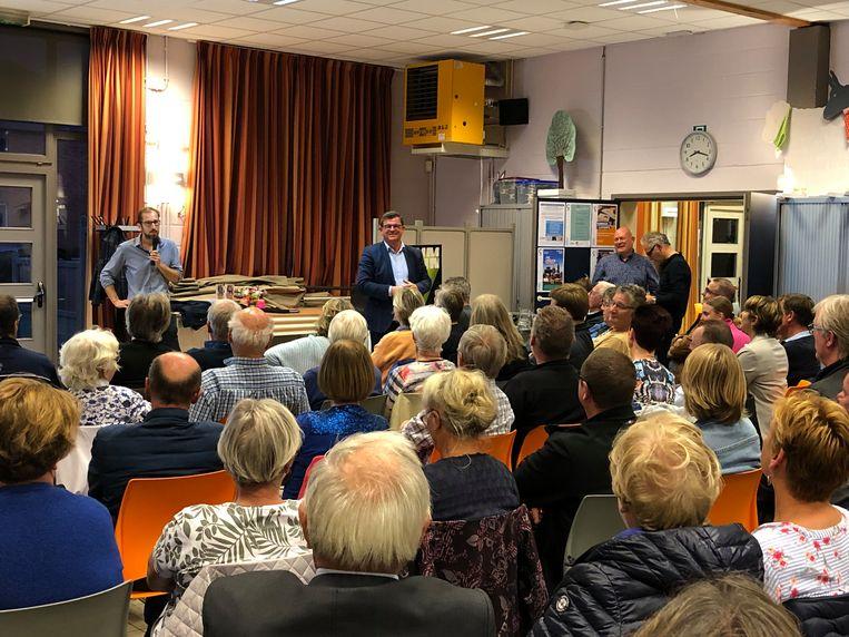 Zo'n 120 mensen verzamelden voor een toelichting over het concert van Rammstein in Oostende.
