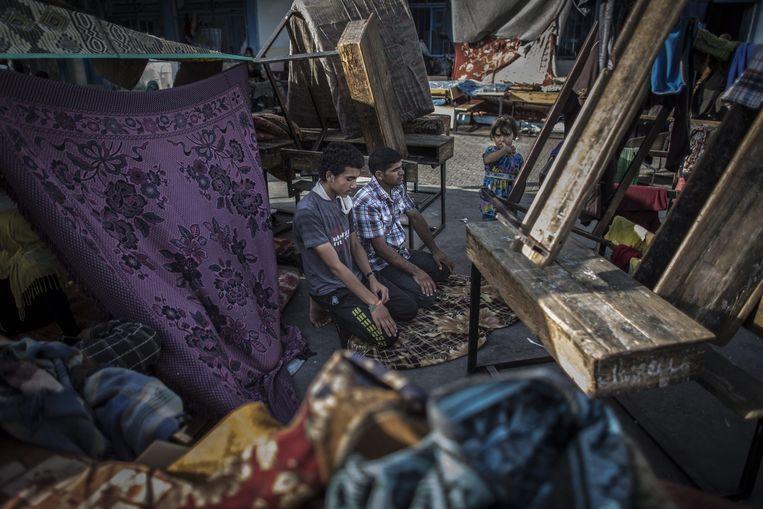 De VN-school die gisteren werd verwoest Beeld epa