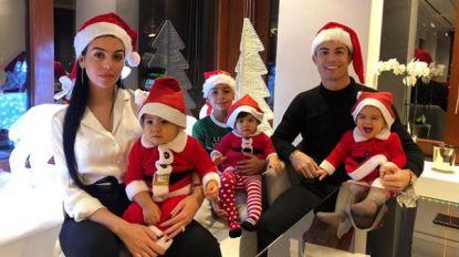Kerstmutsen ten huize Ronaldo, Bouchard in Hawaii, Beckham en Cantona voor open haard: zó brengt sportwereld de feestdagen door