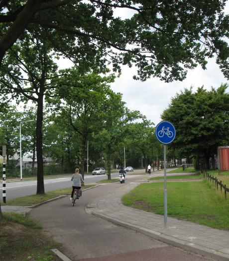 'Fietspad Plesmanweg in Almelo tóch aan de westkant'