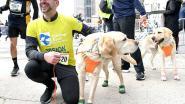 Een week goed nieuws: blinde loopt halve marathon met drie geleidehonden en andere verhalen die je blij maken