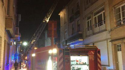 Bewoners bevangen door rook na woonkamerbrand