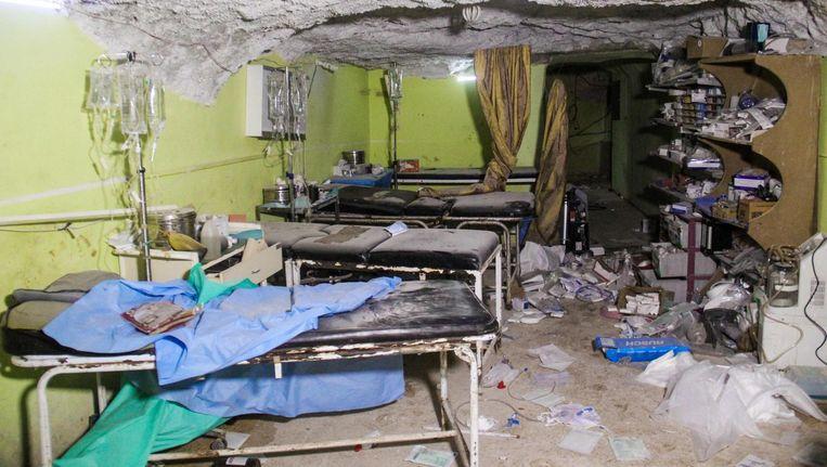 Het ziekenhuis in Khan Shaykhun dat dinsdag doelwit werd van een gifgasaanval Beeld afp