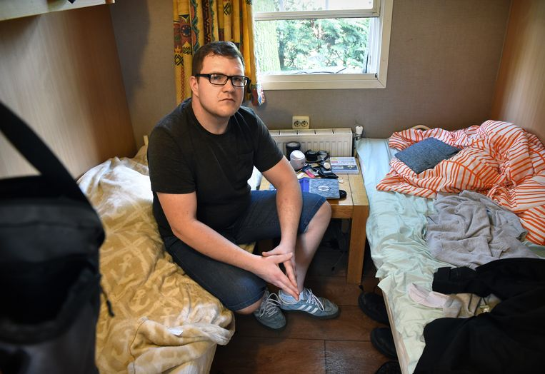 Chalet waarin 4 arbeidsmigranten worden gehuisvest door een uitzendbureau.  Beeld Marcel van den Bergh.