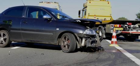 Bestuurder raakt gewond na eenzijdig ongeval op A77 bij Heijen