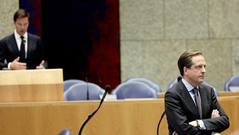 Alexander Pechtold (D66) in debat met Premier Mark Rutte (VVD) over de belastingherziening. Beeld anp