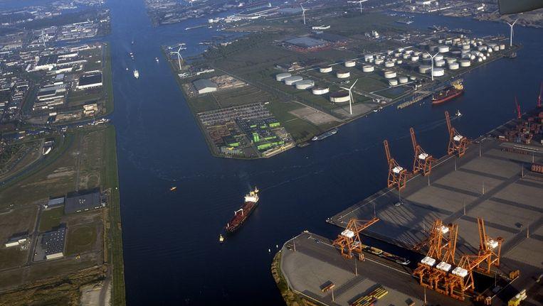 Amsterdam is de grootste benzinehaven van Europa en strijdt met Houston en Singapore om de nummeréénpositie in de wereld. © anp Beeld