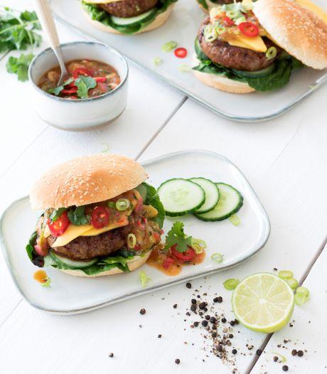 Wat Eten We Vandaag: Hamburger Aziatische stijl met abrikozenchutney