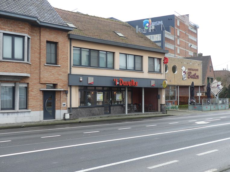 Café 't Duvelke in Astene staat te koop.