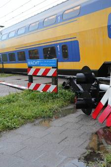 Trein ontspoort na botsing Wouw: vandaag geen treinverkeer, morgen mogelijk ook niet