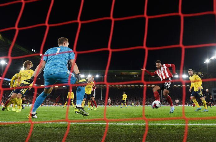 Lys Mousset brengt Sheffield United op voorsprong.