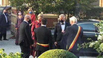 "Filip en Mathilde te gast op coronaproof gala Steunraad Koning Boudewijnstichting: ""Zelfs glaasje water mocht niet"""