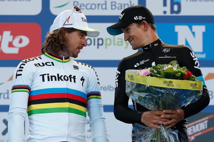 Kwiatkowski (r) als winnaar van de E3 Harelbeke 2016. Wie werd tweede? Sagan.