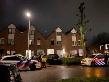 Politie schiet man neer bij woning in Arnhem na melding van huiselijk geweld