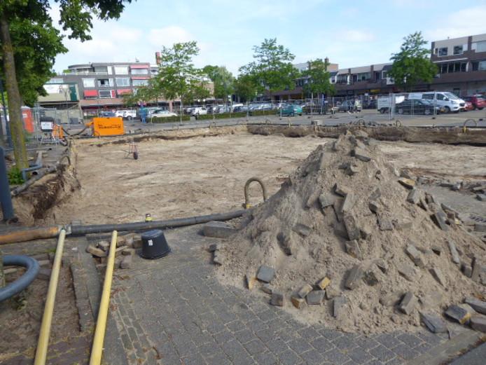 De bouwput is al gemaakt voor het plan 'De Uitkijk' op de kop van de rotonde bij het Mercuriusplein in Berlicum.