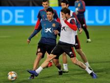 Spanje en Italië starten EK-kwalificatiereeks, Zweden met Larsson en Isak