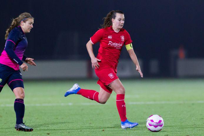 Renate Jansen moet met FC Twente meteen aan de bak.