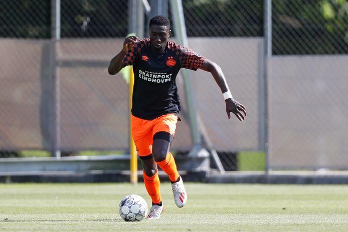 Derrick Luckassen tijdens een training van PSV.