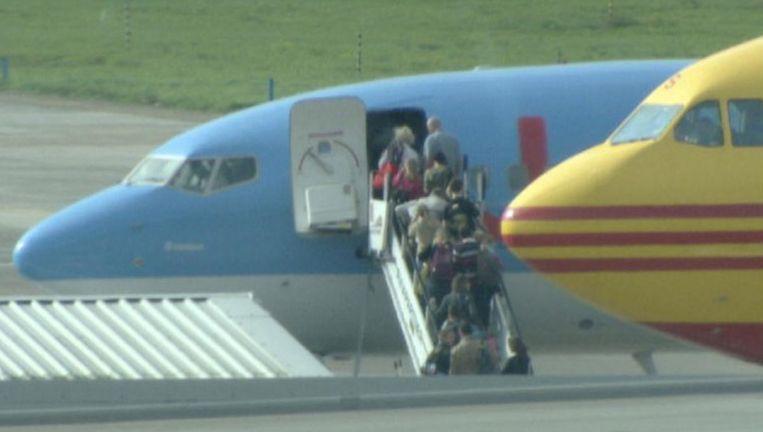 Meer dan 200 Belgen hebben afgelopen weekend twee dagen vastgezeten in Miami door een technisch defect van de Boeing 767 van Jetair.