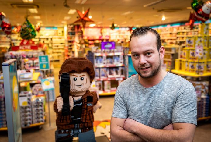 Mark Schoones blikt in zijn speelgoedwinkel terug op een hectisch 2019.