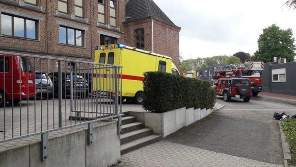 De hulpdiensten kwamen massaal ter plaatse voor de brandoefening.