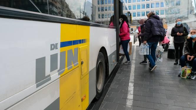"""Pendelaar is het beu dat zoveel reizigers coronamaatregelen op de bus niet volgen: """"En dan vragen ze zich af waar al die besmettingen vandaan komen"""""""
