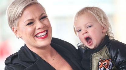 Geen Grammy voor Pink, dus maken haar kinderen er zelf één