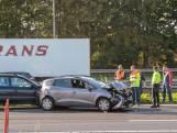 Meerdere auto's botsen op elkaar op A16 bij knooppunt Klaverpolder