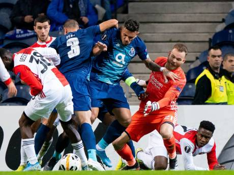 Feyenoord verliest in Porto, maar zelfs bij zege was uitschakeling een feit