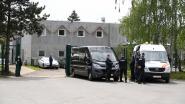 Geens en De Block openen gesloten asielcentrum in oud Formule 1-hotel