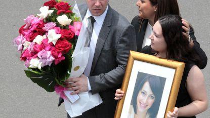 'Home And Away'-actrice Jessica Falkholt begraven na emotionele dienst