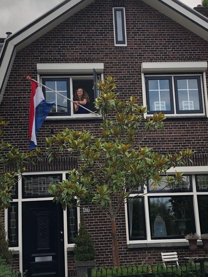 Jannienke (16) behaalde haar GT-diploma aan het Revius Lyceum en gaat na de vakantie de management/directiesecretaresse  opleiding doen aan het Hoornbeeck College.