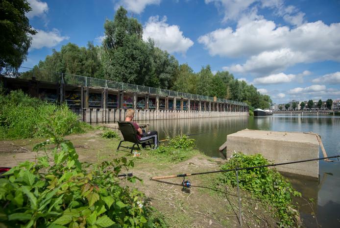 Archiefbeeld van de ASM-haven op Stadsblokken. Hoeveel woningen hier komen, is nog niet bekend.