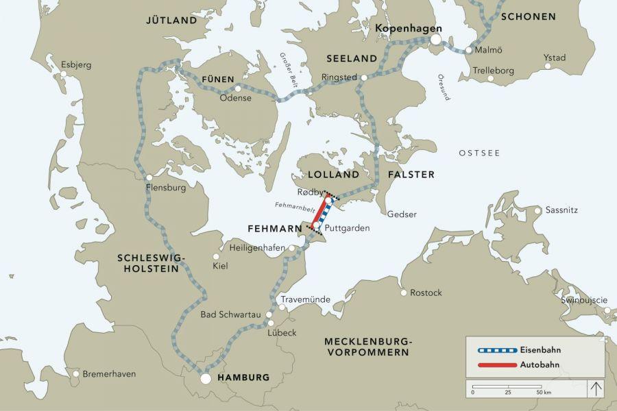 De reistijd wordt aanzienlijk verkort doordat reizigers niet meer om hoeven te rijden via Flensburg en Kolding.