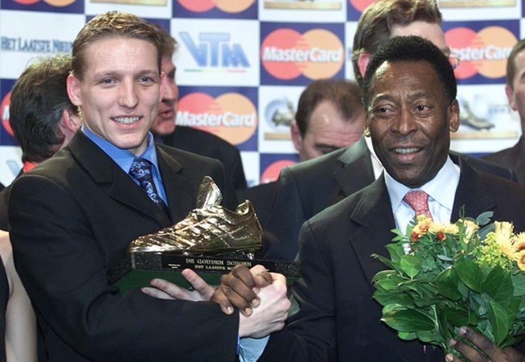 Sonck kreeg zijn Gouden Schoen uit handen van Pele.