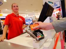 'Winkeliers zijn door tempo van contactloos pinnen goedkoper uit'