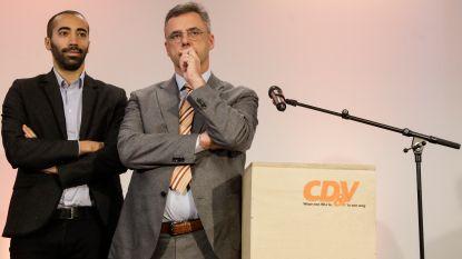 LIVE. Wie wordt de nieuwe CD&V-voorzitter: Sammy Mahdi of Joachim Coens?