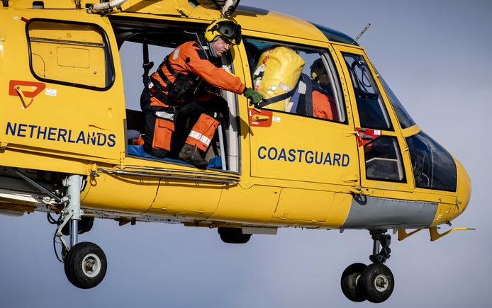 Een helikopter van de Kustwacht op archiefbeeld.